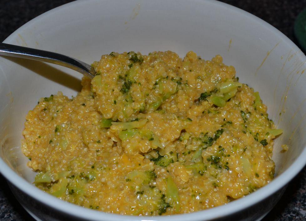 CHEESY Broccoli Cheddar Quinoa | Gourmet Beauty