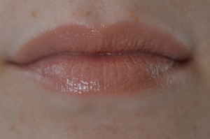 Revlon Lip Butter in Creme Brulee