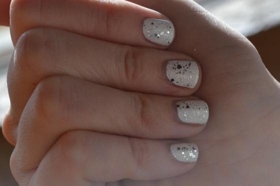 Festive Glitter Manicure