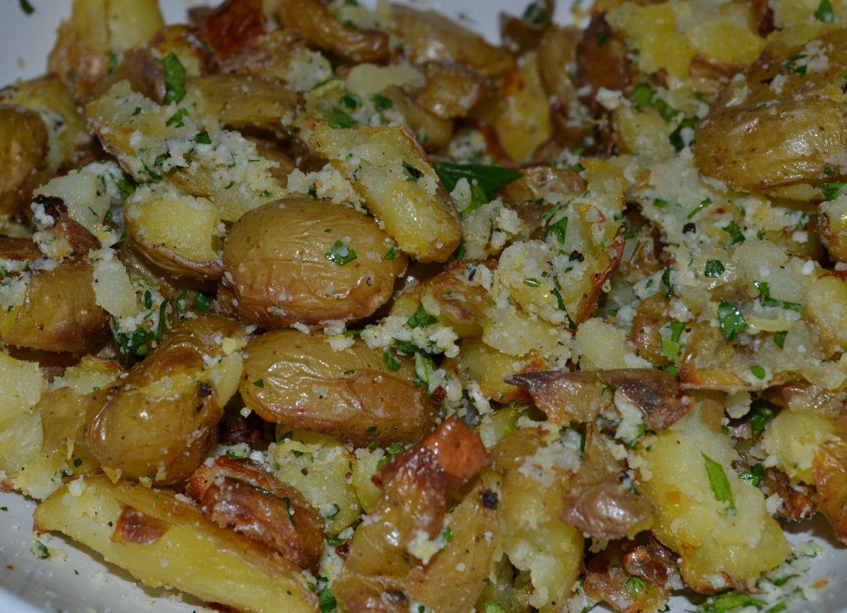 Lemon Parmesan Smashed Potatoes! | Gourmet Beauty