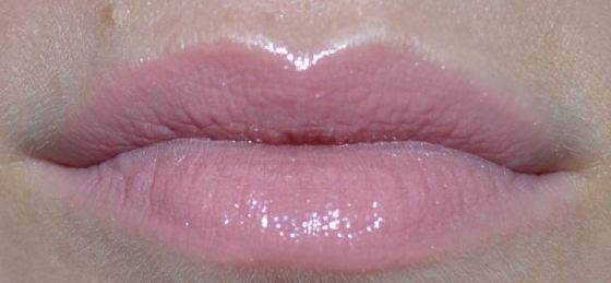 MAC Angel with NARS Turkish Delight on top