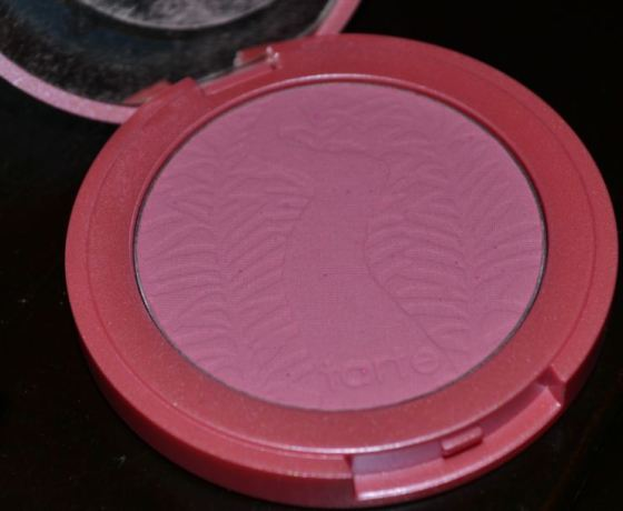Tarte Amazonian Clay 12-Hour Blush in Dollface