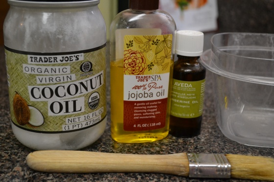 DIY Hot Oil Hair Treatment (Coconut Oil, Jojoba Oil & Lavender Essential Oil!)