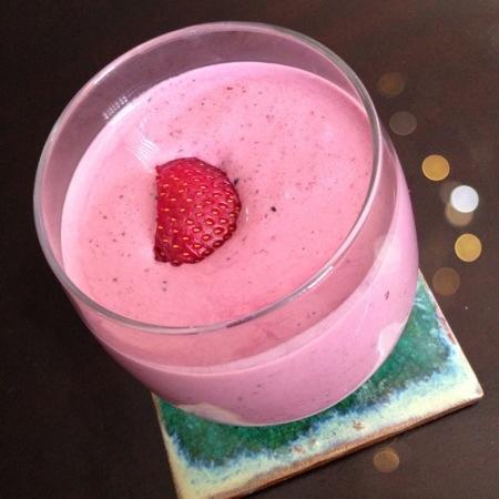 """""""Dessert"""" Vanilla Berry Protein Shake"""