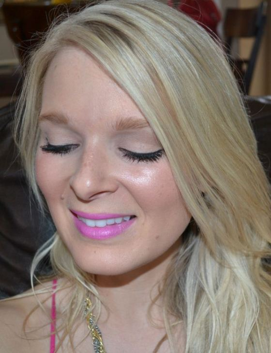 summer beauty--winged linger and bright lips 2