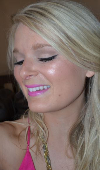 summer beauty--winged linger and bright lips 3